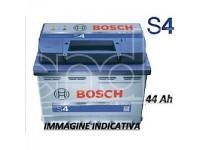 Bosch Batteria per auto S4 44 Ah 420A polarità Dx