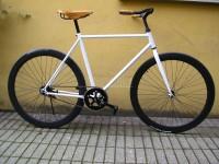 Bicicletta uomo artigianale retro' con finiture Brooks e contropedale